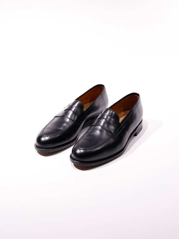 Morjas Universe - The Penny Loafer