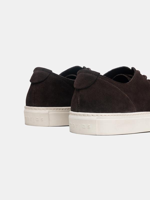 The Sneaker 01