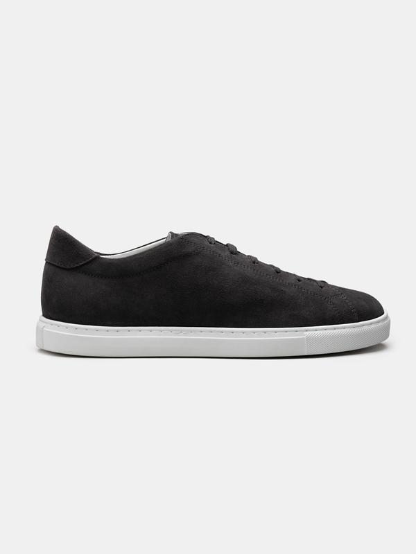 The Sneaker 02